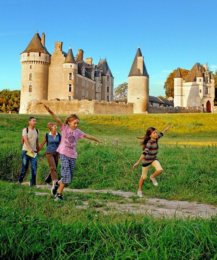 Visite en famille au chateau de Montpoupon